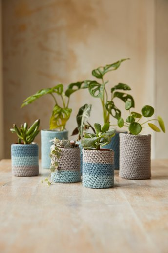 The Peaceful Plant Pots Crochet Kit