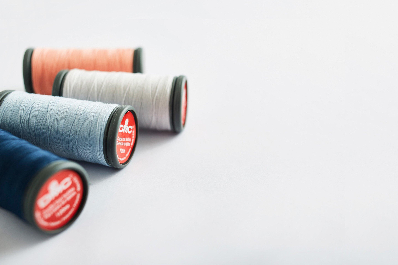 Fil à coudre 100% polyester, 120 mètres 1022b