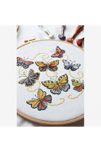 BOOKLET CROSS STITCH【新色図案集】