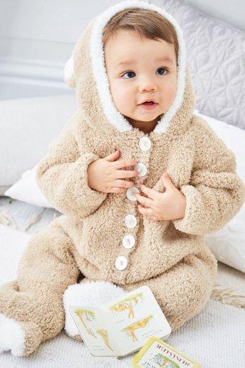 Modelo Teddy pijama osito para bebé