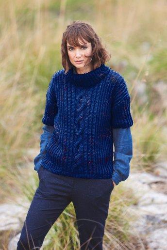 Modèle Magnum tweed pull manches courtes femme