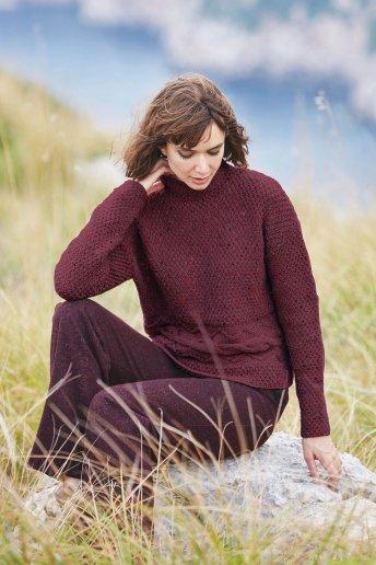 Modèle Magnum tweed pull col relevé femme