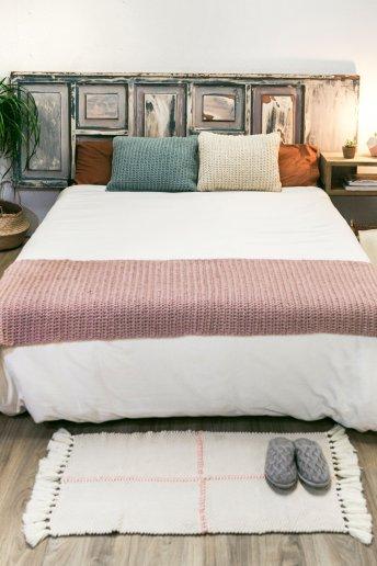 Modèle Natura XL coussins et couvre lit