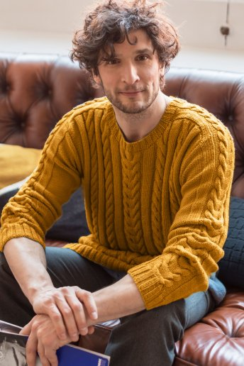 Modelo Woolly jersey de trenzas para hombre