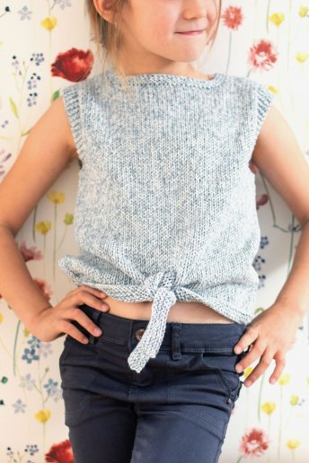 Girls' top knitting pattern Natura Denim n°6767