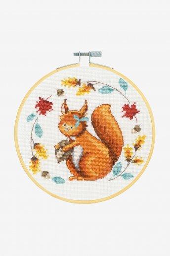 Kit point de croix un écureuil si mignon