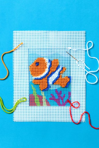 Clown Fish Tapestry Kit