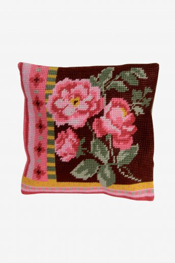 Bouquet Of Roses Tapestry Kit