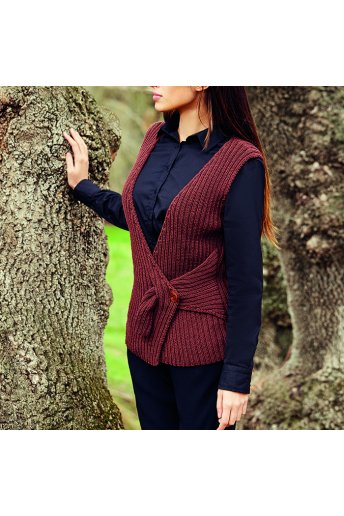 Modelo tricot chloé chaleco cruzado marrón