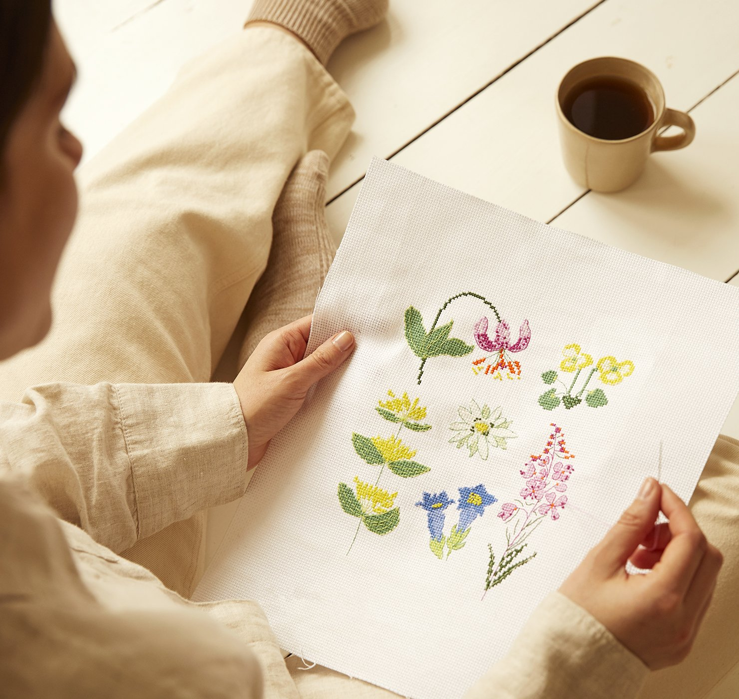 The Peaceful Flowers Cross Stitch Kit - Cross Stitch Kits