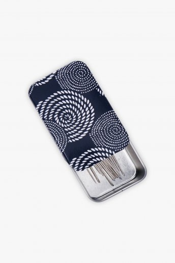 Magnetic Needle Case