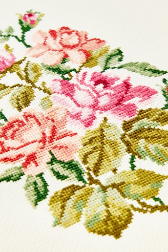 Aida Embroidery Fabric 18 count - 7 pts/cm