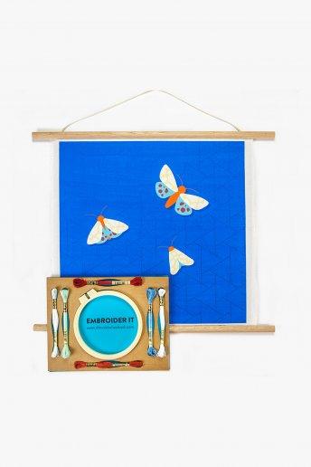 Moth Wall Hanging Kit