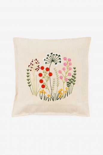 Countryside Flowers Cushion Cover Kit