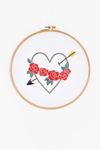 Coeur et Flèche - motif broderie