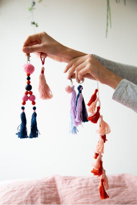 Pompon noeud - motif loisirs créatifs