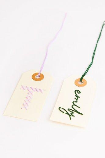 Étiquettes brodées - motif loisirs créatifs