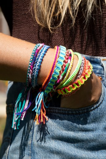Spiral Friendship Bracelet - pattern
