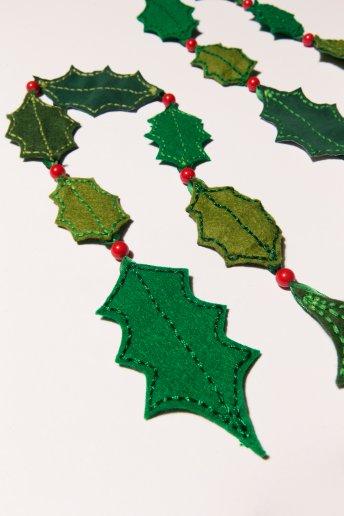 Guirlande de houx - motif loisirs créatifs