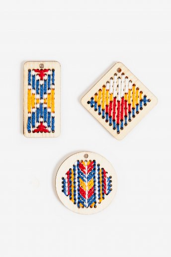 Wooden Pendant Embroidery Kit